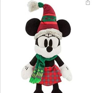 NWT Nordic Winter Minnie Mouse Plush